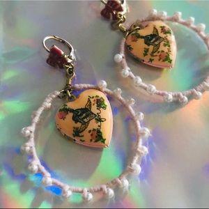 Pearl tea party rose heart hoop earrings Betsey j